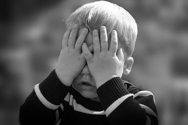 Cómo enseñar a controlar las manías de nuestros hijos.
