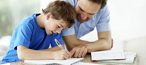 10 razones por las que los padres no deben estudiar con sus hijos.